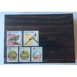 Paquet (100) cartes classeurs noires avec 5 bandes pour timbres-poste